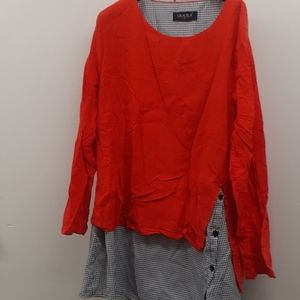 Gracila Red black and white top Tunic size XL